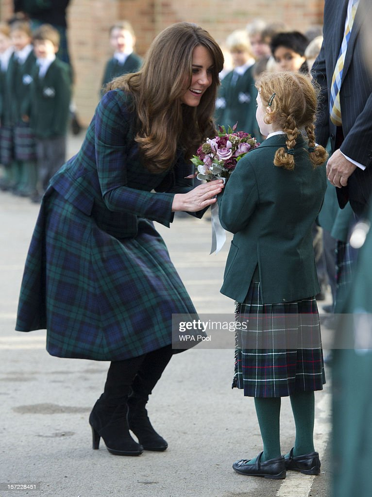 Catherine, Duchess of Cambridge visits St. Andrew's School on November 30, 2012 in Pangbourne, England. The Duchess returned to her old school she attended between 1986 till 1995 to meet students and teachers.