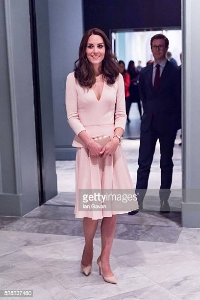 Catherine Duchess of Cambridge visits the 'Vogue 100 A Century Of Style' exhibition at National Portrait Gallery on May 4 2016 in London England The...
