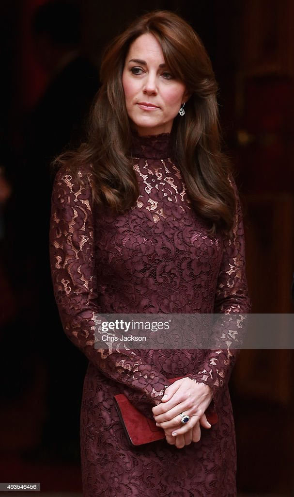Catherine Duchess of Cambridge walks out to welcome the President of the Peoples Republic of China Mr Xi Jinping and his wife Madame Peng Liyuan to a...