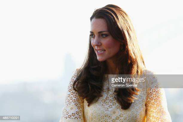 Catherine Duchess of Cambridge watches the Bird Show at Taronga Zoo on April 20 2014 in Sydney Australia The Duke and Duchess of Cambridge are on a...