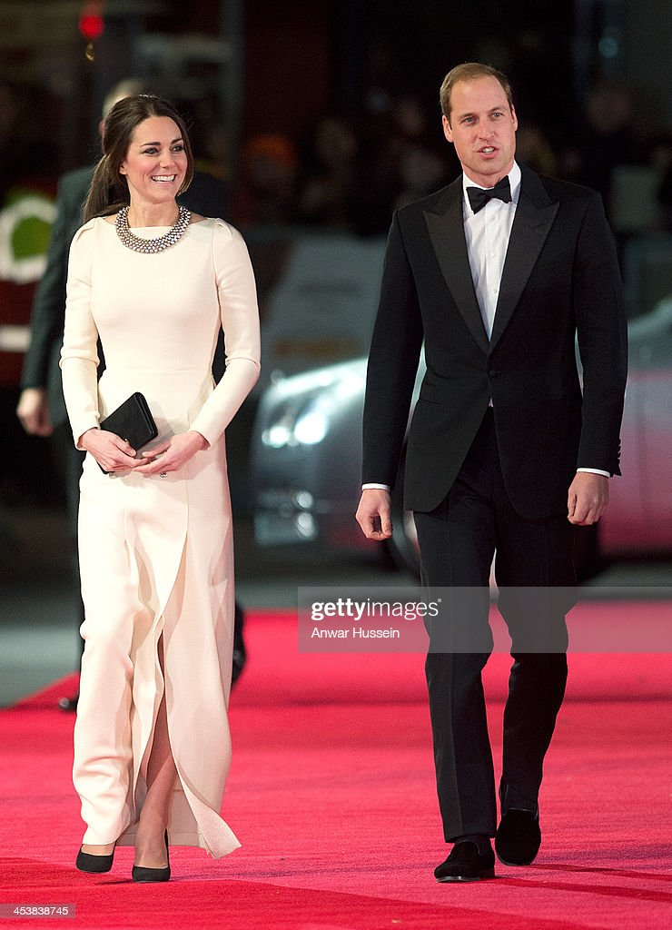 Catherine, Duchess of Cambridge, wearing a Roland Mouret dress, and <a gi-track='captionPersonalityLinkClicked' href=/galleries/search?phrase=Prince+William&family=editorial&specificpeople=178205 ng-click='$event.stopPropagation()'>Prince William</a>, Duke of Cambridge attend the Royal film performance of 'Mandela: Long Walk to Freedom' at the Odeon Leicester Square on December 05, 2013 in London, England.