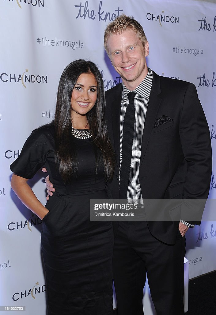 <a gi-track='captionPersonalityLinkClicked' href=/galleries/search?phrase=Catherine+Giudici&family=editorial&specificpeople=10551820 ng-click='$event.stopPropagation()'>Catherine Giudici</a> and Sean Lowe attend the Knot Gala 2013 at New York Public Library - Astor Hall on October 14, 2013 in New York City.