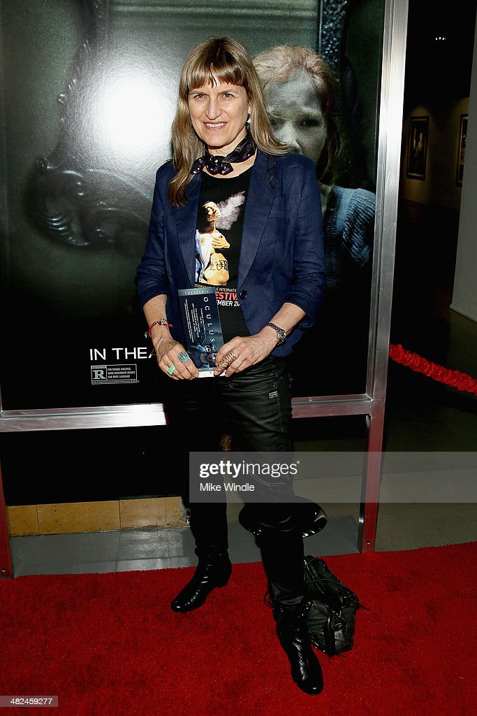 <a gi-track='captionPersonalityLinkClicked' href=/galleries/search?phrase=Catherine+Hardwicke&family=editorial&specificpeople=208862 ng-click='$event.stopPropagation()'>Catherine Hardwicke</a> arrives at the screening of Relativity Media's 'Oculus' at TCL Chinese 6 Theatres on April 3, 2014 in Hollywood, California.