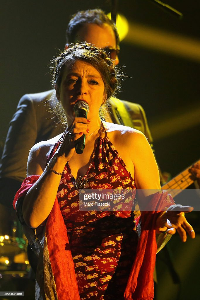 <a gi-track='captionPersonalityLinkClicked' href=/galleries/search?phrase=Catherine+Ringer&family=editorial&specificpeople=4399910 ng-click='$event.stopPropagation()'>Catherine Ringer</a> performs during the 30th 'Victoires de la Musique' French Music Awards Ceremony at le Zenith on February 13, 2015 in Paris, France.