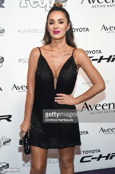 http://media.gettyimages.com/photos/catherine-siachoque-arrives-at-people-en-espanols-50-most-beautiful-picture-id683961554?s=594x594