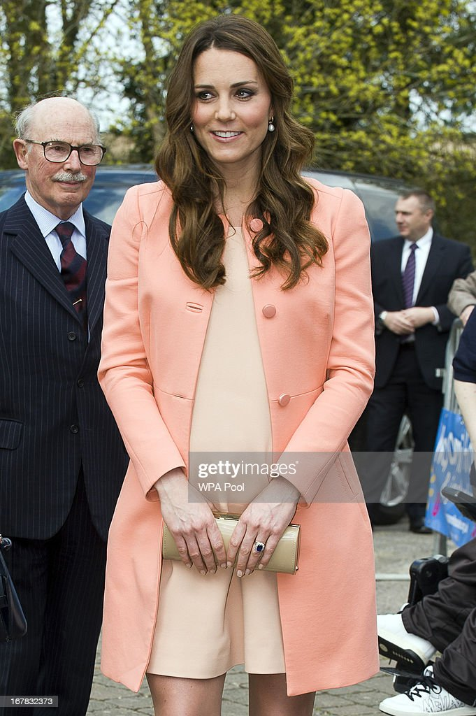 <a gi-track='captionPersonalityLinkClicked' href=/galleries/search?phrase=Catherine+-+Duchess+of+Cambridge&family=editorial&specificpeople=542588 ng-click='$event.stopPropagation()'>Catherine</a>, The Duchess Of Cambridge meets children and staff during a visit to Naomi House Children's Hospice on April 29, 2013 near Winchester, Hampshire, England.