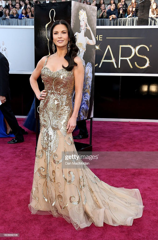 Catherine Zeta-Jones arrives at the 85th Annual Academy Awards at Hollywood & Highland Center on February 24, 2013 in Hollywood, California.