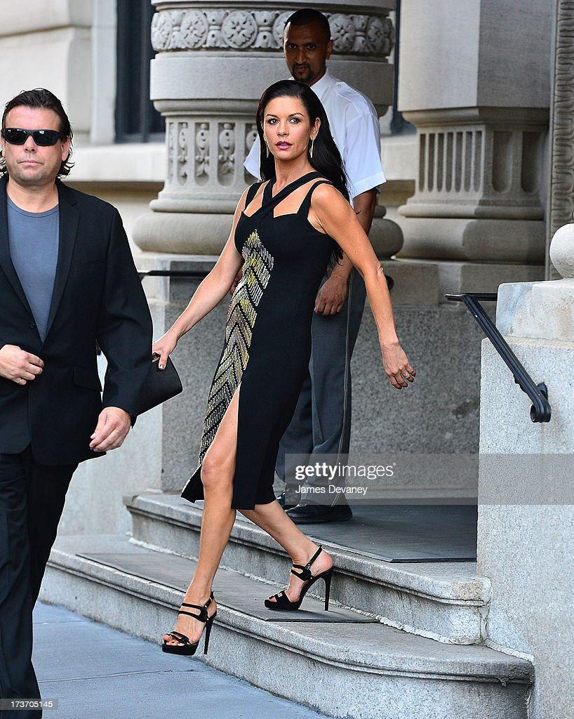 <a gi-track='captionPersonalityLinkClicked' href=/galleries/search?phrase=Catherine+Zeta-Jones&family=editorial&specificpeople=167111 ng-click='$event.stopPropagation()'>Catherine Zeta-Jones</a> seen on the streets of Manhattan on July 16, 2013 in New York City.