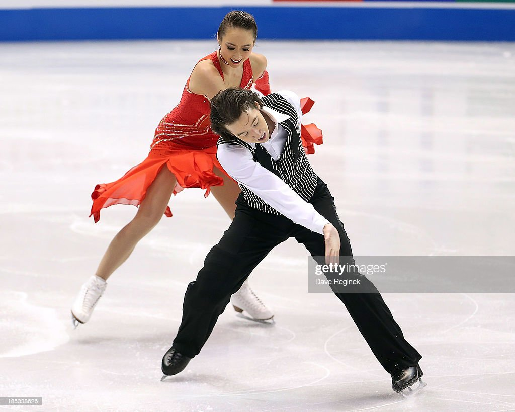 <a gi-track='captionPersonalityLinkClicked' href=/galleries/search?phrase=Cathy+Reed&family=editorial&specificpeople=4142356 ng-click='$event.stopPropagation()'>Cathy Reed</a> (L) and Chris Reed of Japan perform during the ice dance short program at Skate America at Joe Louis Arena on October 18, 2013 in Detroit, Michigan.