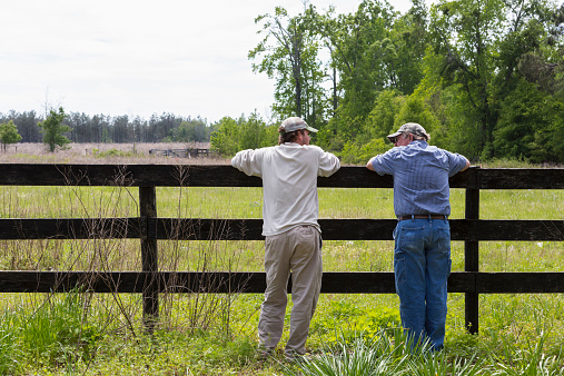 relationship between father and son in fences