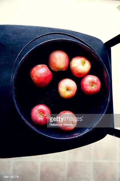 Cauldron of bobbing apples