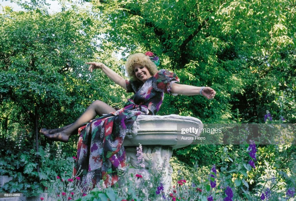 Cayetana Fitz James, duchess of Alba, in the gardens of the Liria Palace The duchess of Alba on a fountain