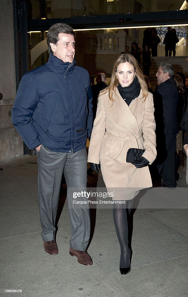 Cayetano Martinez de Irujo and Genoveva Casanova attend 'El Legado Casa de Alba' art exhibition at Palacio Cibeles on December 18, 2012 in Madrid, Spain.