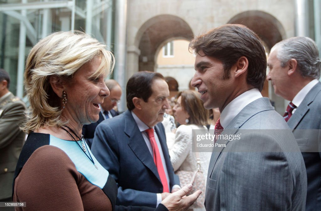 Cayetano Rivera and Esperanza Aguirre attend Ignacio Gonzalez's appointment as the head of Madrid's regional government on September 27 2012 in...