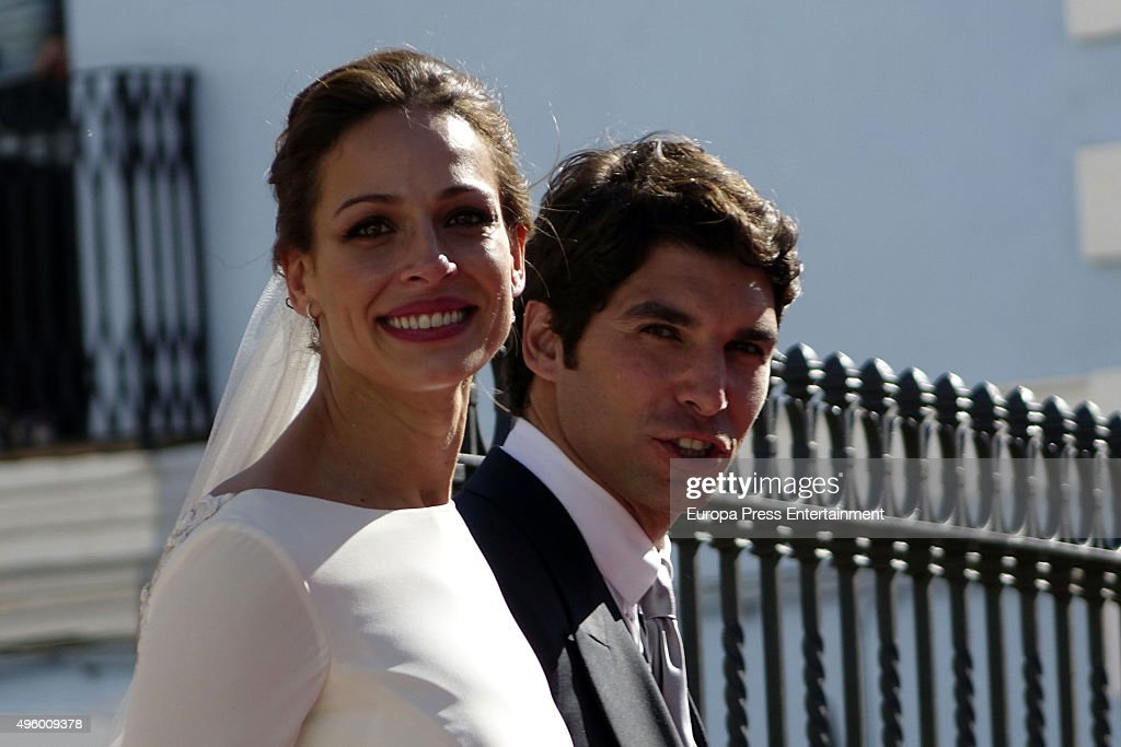 Cayetano Rivera and Eva Gonzalez attend their wedding at Mairena del Alcor on November 6 2015 in Seville Spain