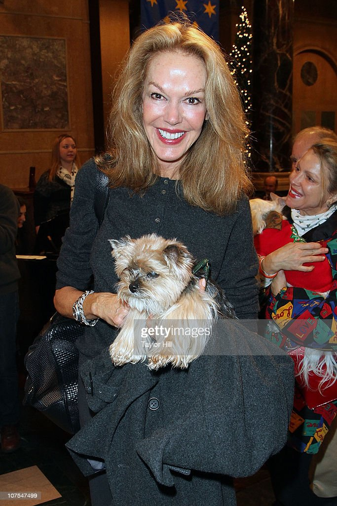 Cece Cord attends the 2010 ASPCA Blessing Of The Animals at Christ Church on December 12, 2010 in New York City.