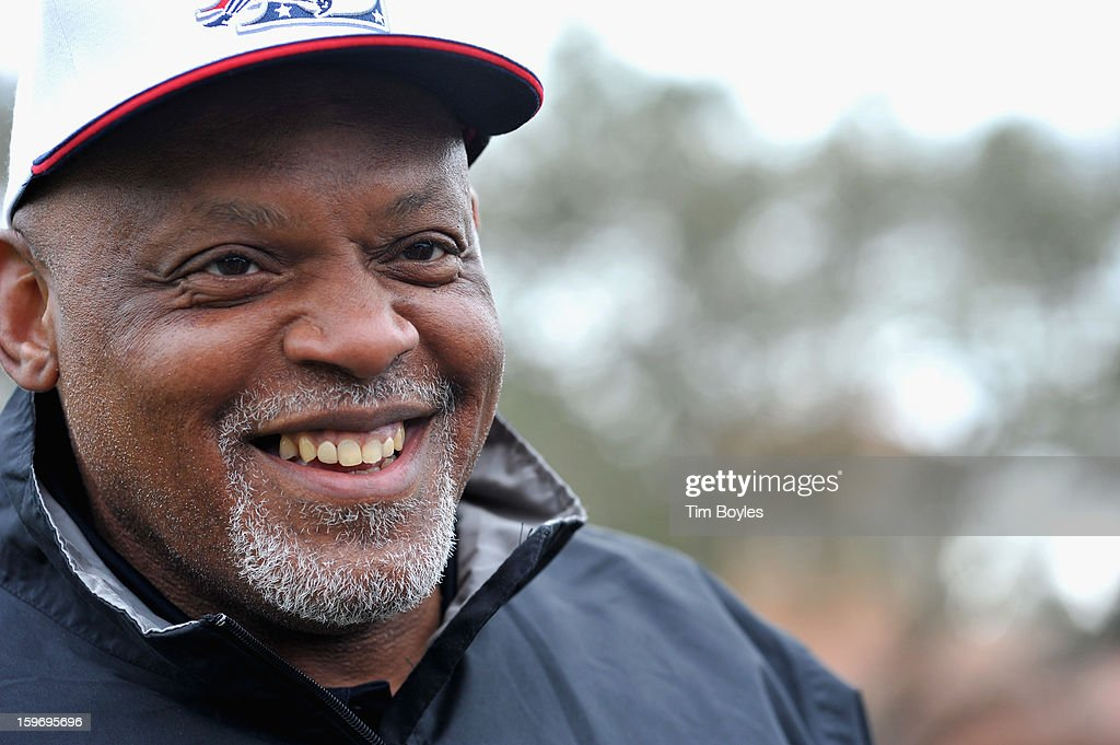 <a gi-track='captionPersonalityLinkClicked' href=/galleries/search?phrase=Cecil+Fielder&family=editorial&specificpeople=220765 ng-click='$event.stopPropagation()'>Cecil Fielder</a> attends the Derek Jeter 10th Annual Celebrity Golf Tournament Classic to benefit his Turn 2 Foundation presented by Seminole Hard Rock Hotel & Casino at Avila Golf & Country Club on January 18, 2013 in Tampa, Florida.