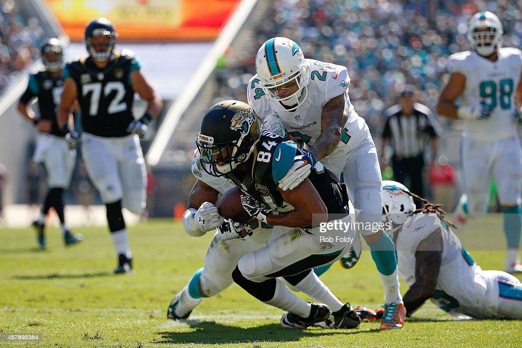 Miami Dolphins v Jacksonville Jaguars