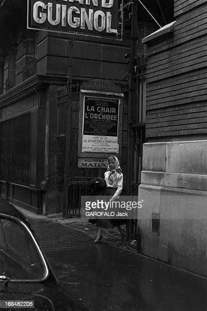 Cecile Aubry France 17 avril 1955 l'actrice Cécile AUBRY au théâtre le Grand Guignol pour la pièce ' La chair de l'Orchidée' adaptée d'un roman de...