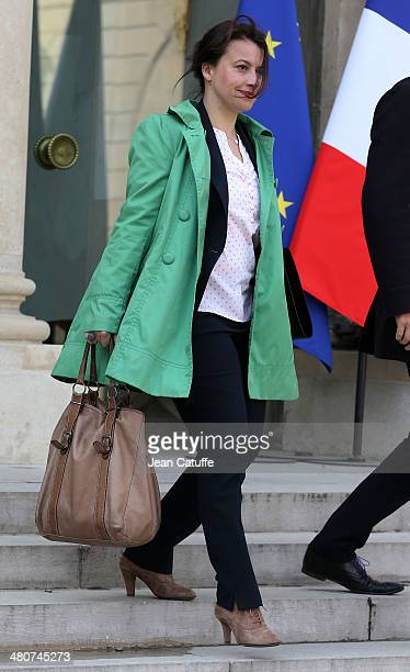 Cecile Duflot french Minister for Country Planning and Housing attends the 'Conseil des Ministres' the weekly Cabinet meeting around the French...