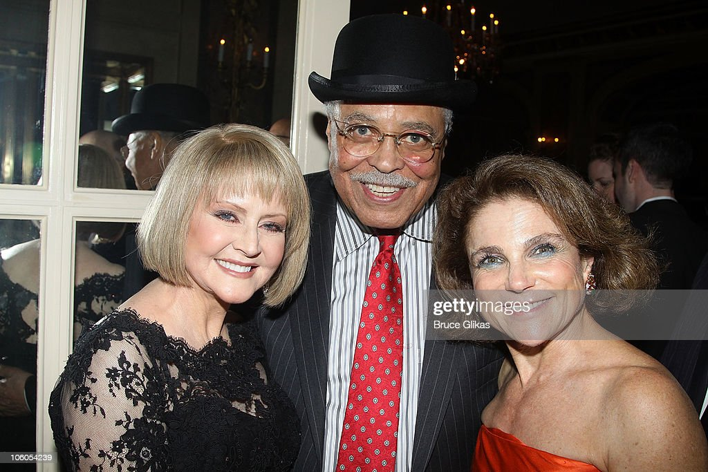 Cecilia Hart, Husband James Earl Jones and Tovah Feldshuh ...