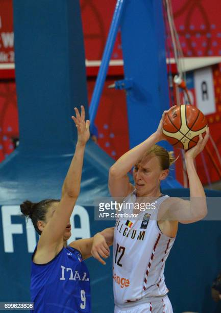 Cecilia Zandalasini of Italy fights for a ball with Ann Wauters of Belgium during the FIBA EuroBasket women's quarterfinal match betwee Italy v...