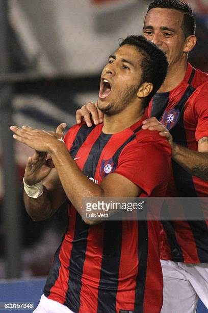 Cecilio Dominguez of Cerro Porteño celebrates after scoring his team's first goal during a first leg match between Cerro Porteño and Atletico...
