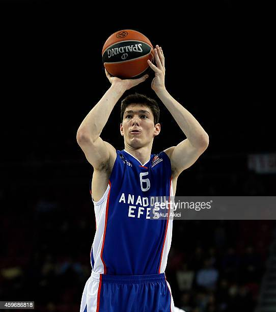 Cedi Osman #6 of Anadolu Efes Istanbul in action during the 20142015 Turkish Airlines Euroleague Basketball Regular Season Date 7 game between...