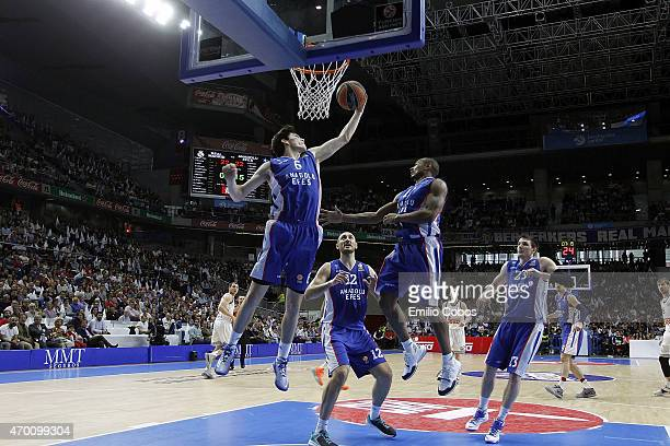 Cedi Osman #6 of Anadolu Efes Istanbul in action during the 20142015 Turkish Airlines Euroleague Basketball Play Off Game 2 between Real Madrid v...