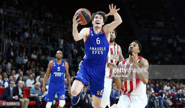 Cedi Osman #6 of Anadolu Efes Istanbul in action during the 2016/2017 Turkish Airlines EuroLeague Playoffs leg 3 game between Anadolu Efes Istanbul v...