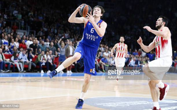 Cedi Osman #6 of Anadolu Efes Istanbul in action during the 2016/2017 Turkish Airlines EuroLeague Playoffs leg 4 game between Anadolu Efes Istanbul v...