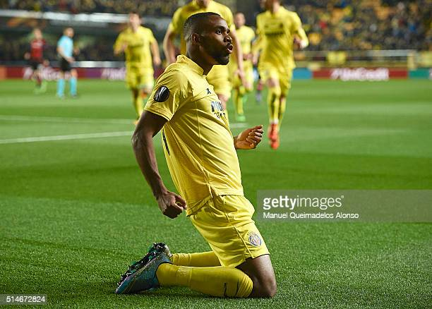 Cedric Bakambu of Villarreal celebrates scoring his team's first goal during the UEFA Europa League Round of 16 first leg match between Villarreal...