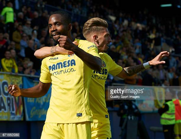 Cedric Bakambu of Villarreal celebrates with Samuel Castillejo of Villarreal after scoring the first goal during the La Liga match between Villarreal...