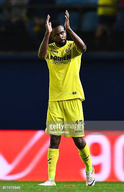 Cedric Bakambu of Villarreal CF celebrates after scoring his team's second goal during the La Liga match between Villarreal CF and UD Las Palmas at...
