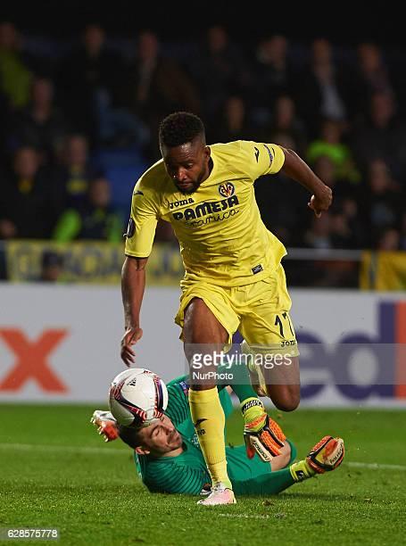 Cedric Bakambu of Villarreal CF during the UEFA Europa League group L football match beetween Villarreal CF and Steaua Bucuresti at Estadio El...