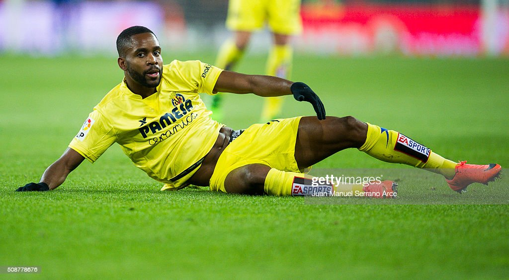 <a gi-track='captionPersonalityLinkClicked' href=/galleries/search?phrase=Cedric+Bakambu&family=editorial&specificpeople=7119714 ng-click='$event.stopPropagation()'>Cedric Bakambu</a> of Villarreal CF reacts during the La Liga match between Athletic Club Bilbao and Villarreal CF at San Mames Stadium on February 6, 2016 in Bilbao, Spain.