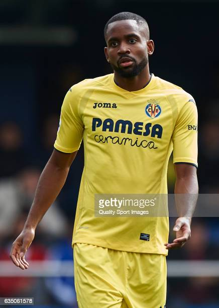 Cedric Bakambu of Villarreal looks on during the La Liga match between Villarreal CF and Malaga CF at Estadio de la Ceramica on February 12 2017 in...