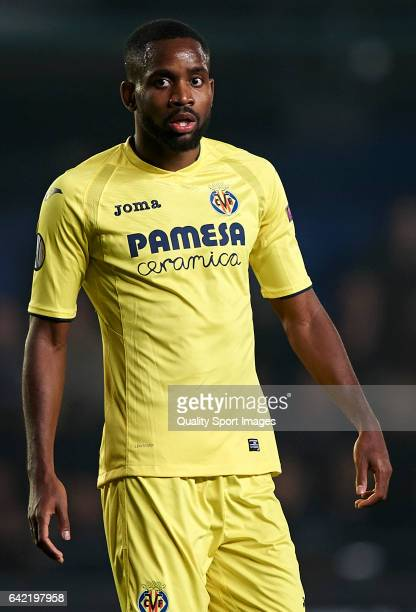 Cedric Bakambu of Villarreal looks on during the UEFA Europa League Round of 32 first leg match between Villarreal CF and AS Roma at Estadio de la...