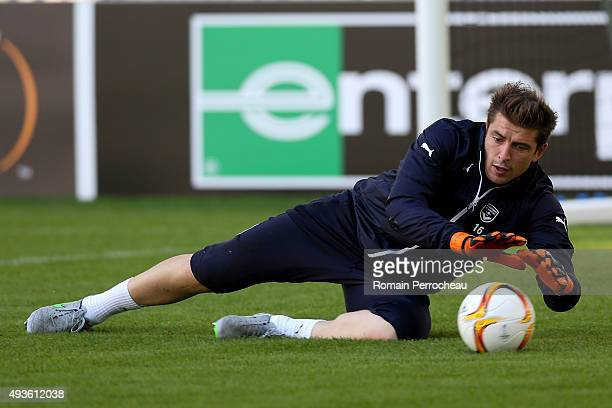 Cedric Carrasso during the training session ahead of their Europa League Game against FC Sion at the Matmut Stadium on October 21 2015 in Bordeaux...