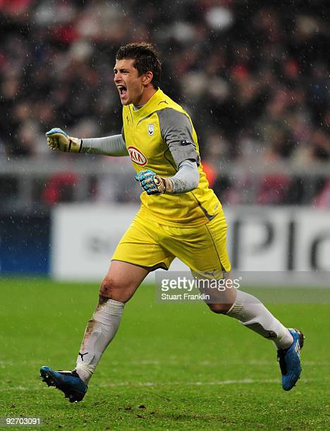 Cedric Carrasso of Bordeaux celebrates during the UEFA Champions League Group A match between FC Bayern Muenchen and Bordeaux at Allianz Arena on...