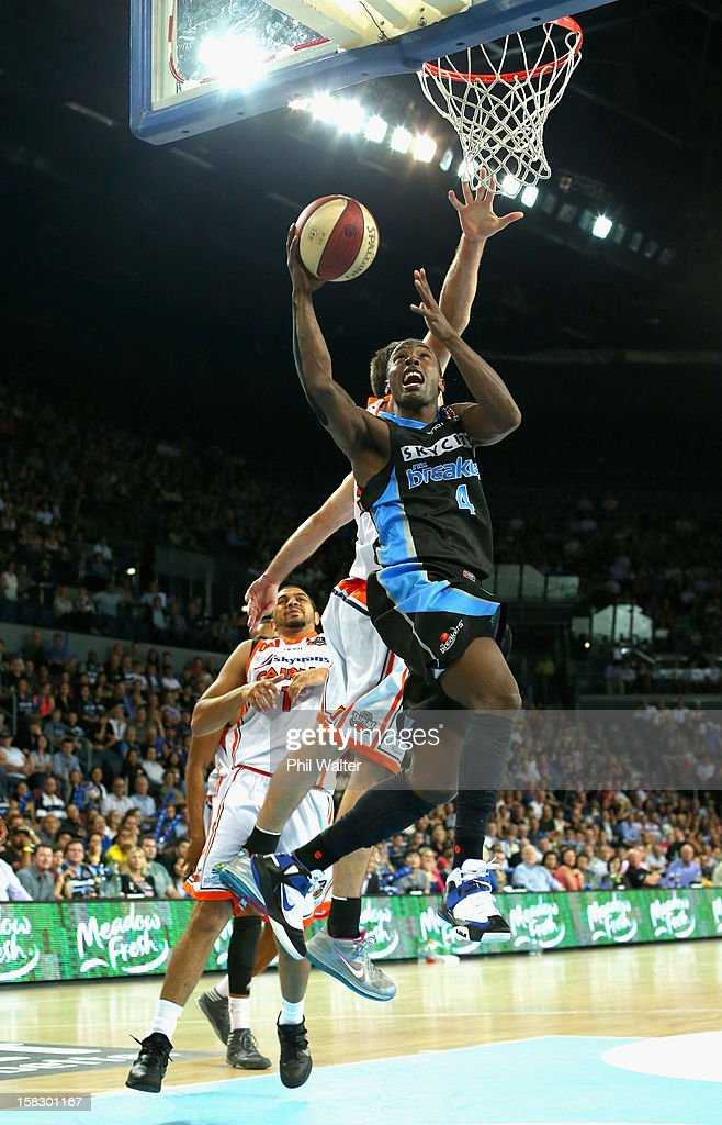 Cedric Jackson of the Breakers shoots during the round 11 NBL match between the New Zealand Breakers and the Cairns Taipans at Vector Arena on December 13, 2012 in Auckland, New Zealand.