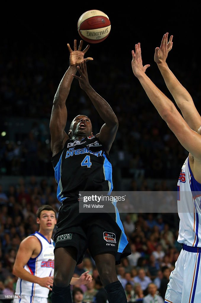 Cedric Jackson of the Breakers shoots during the round 21 NBL match between the New Zealand Breakers and the Adelaide 36ers at Vector Arena on February 28, 2013 in Auckland, New Zealand.
