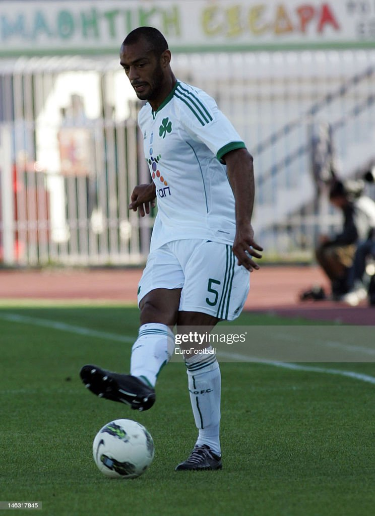 <a gi-track='captionPersonalityLinkClicked' href=/galleries/search?phrase=Cedric+Kante&family=editorial&specificpeople=648441 ng-click='$event.stopPropagation()'>Cedric Kante</a> of Panathinaikos FC in action during the Greek Super League match between Atromitos FC and Panathinaikos FC held on May 16, 2012 at the Peristeri Stadium in Athens, Greece.