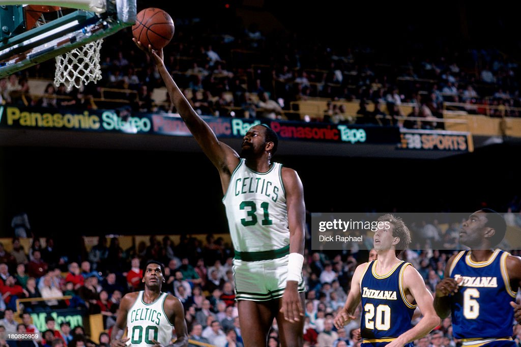 <a gi-track='captionPersonalityLinkClicked' href=/galleries/search?phrase=Cedric+Maxwell&family=editorial&specificpeople=2105758 ng-click='$event.stopPropagation()'>Cedric Maxwell</a> #31 of the Boston Celtics shoots a layup during a game against the Indiana Pacers circa 1985 at the Boston Garden in Boston, Massachusetts.