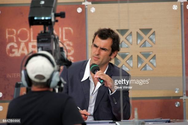 Cedric PIOLINE sur le plateau de France television Roland Garros 2006 Jour 9 Photo Dave Winter / Icon Sport