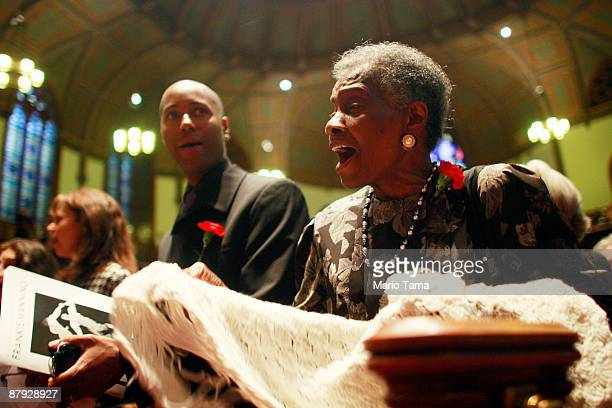 Celebrants sing during a church service honoring legendary Lindy Hop dancer Frankie Manning May 22 2009 in New York City Lindy Hop is an acrobatic...