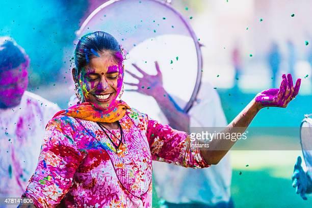 Anlässlich der Holi Festival der Farben