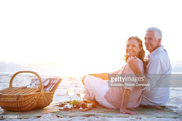 Celebrating their romance with a picnic