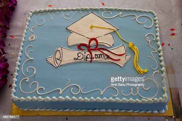 Celebration: cake with diploma icing