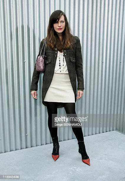 Celebrities At Chanel Ready To Wear SpringSummer 2009 Fashion Show In Paris France On October 03 2008 Milla Jovovich